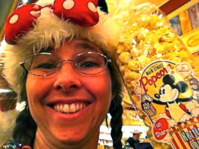 Disney Kettle Corn is Gluten and Dairy Free (Vegan)!!!